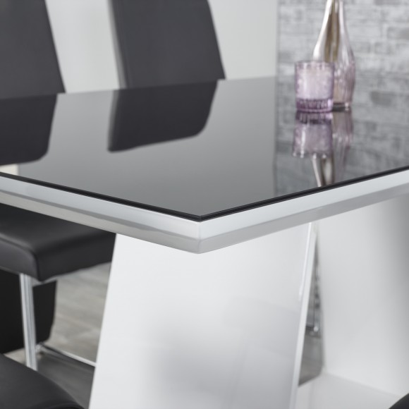 Alba-Dining Table-3 (2000x1499)